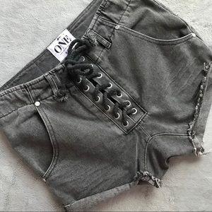 One Teaspoon Super Freaks Black Gray Lace-Up Short